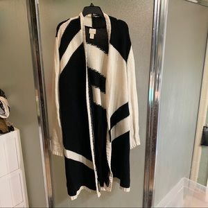 Chico's black & white cardigan